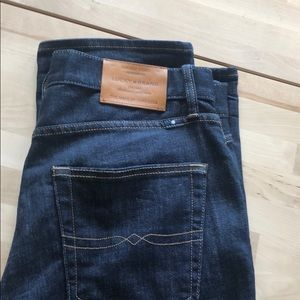 Men's Dark Wash Lucky Brand Jeans 410